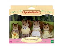 Buy Action mängukujude komplekt SYLVANIAN FAMILIES Walnut Squirrel Family 4172 Elkor